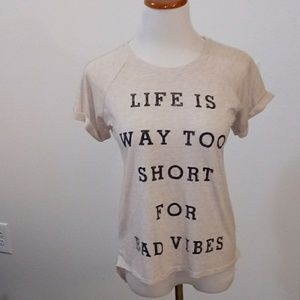 Tops - Tee shirt size small
